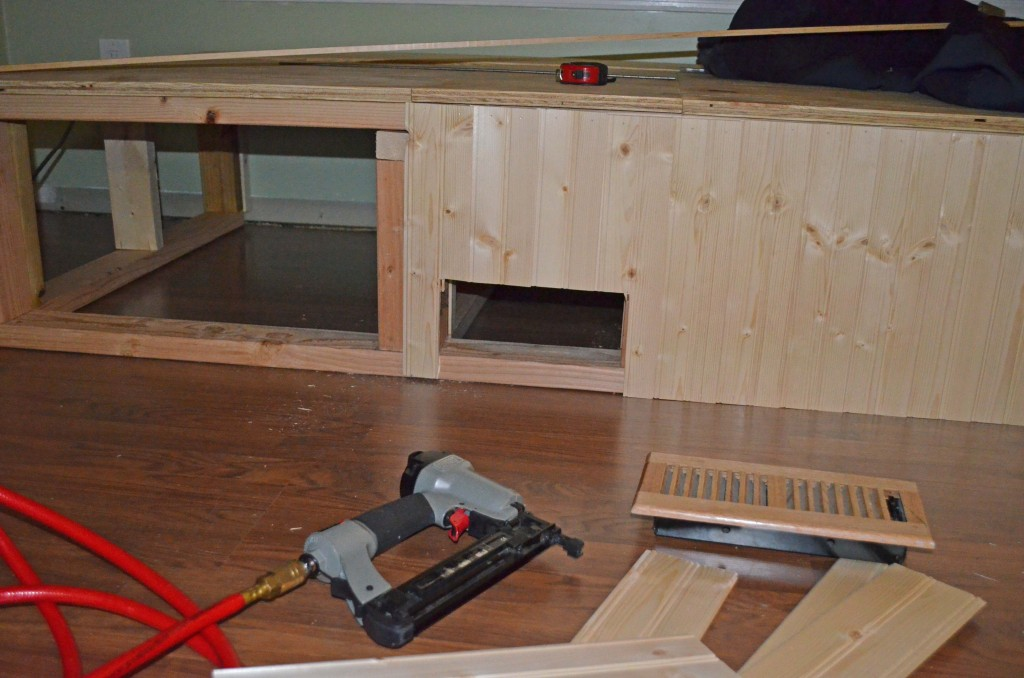 Paneling around vent opening