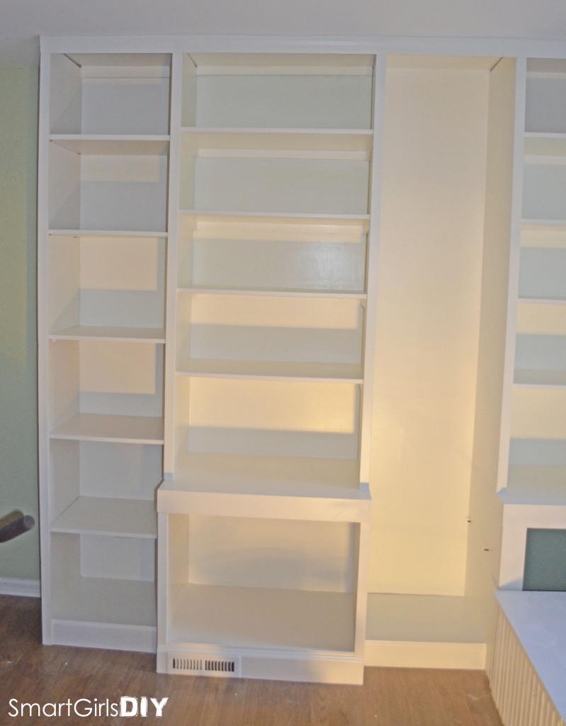 Smart Girls DIY - office built-in bookshelf