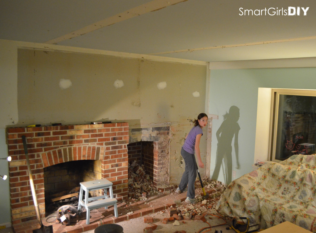 Ceiling beams removed - back to the brick
