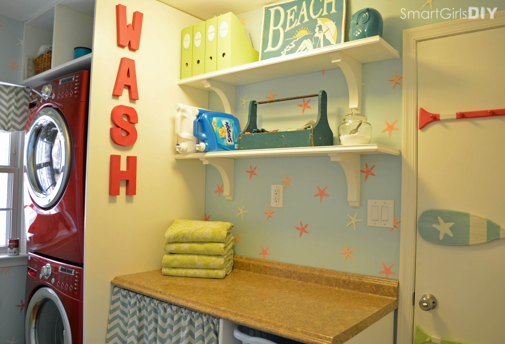 Laundry room makeover - AFTER