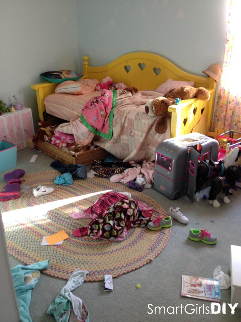 Messy girls bedroom