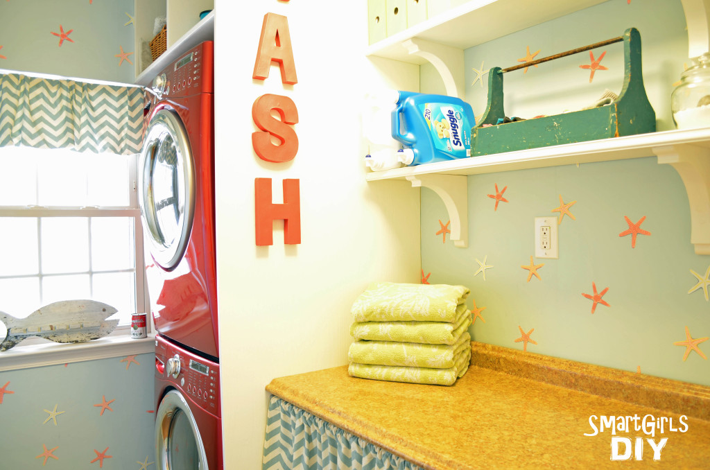 Smart Girls DIY - laundry room final reveal