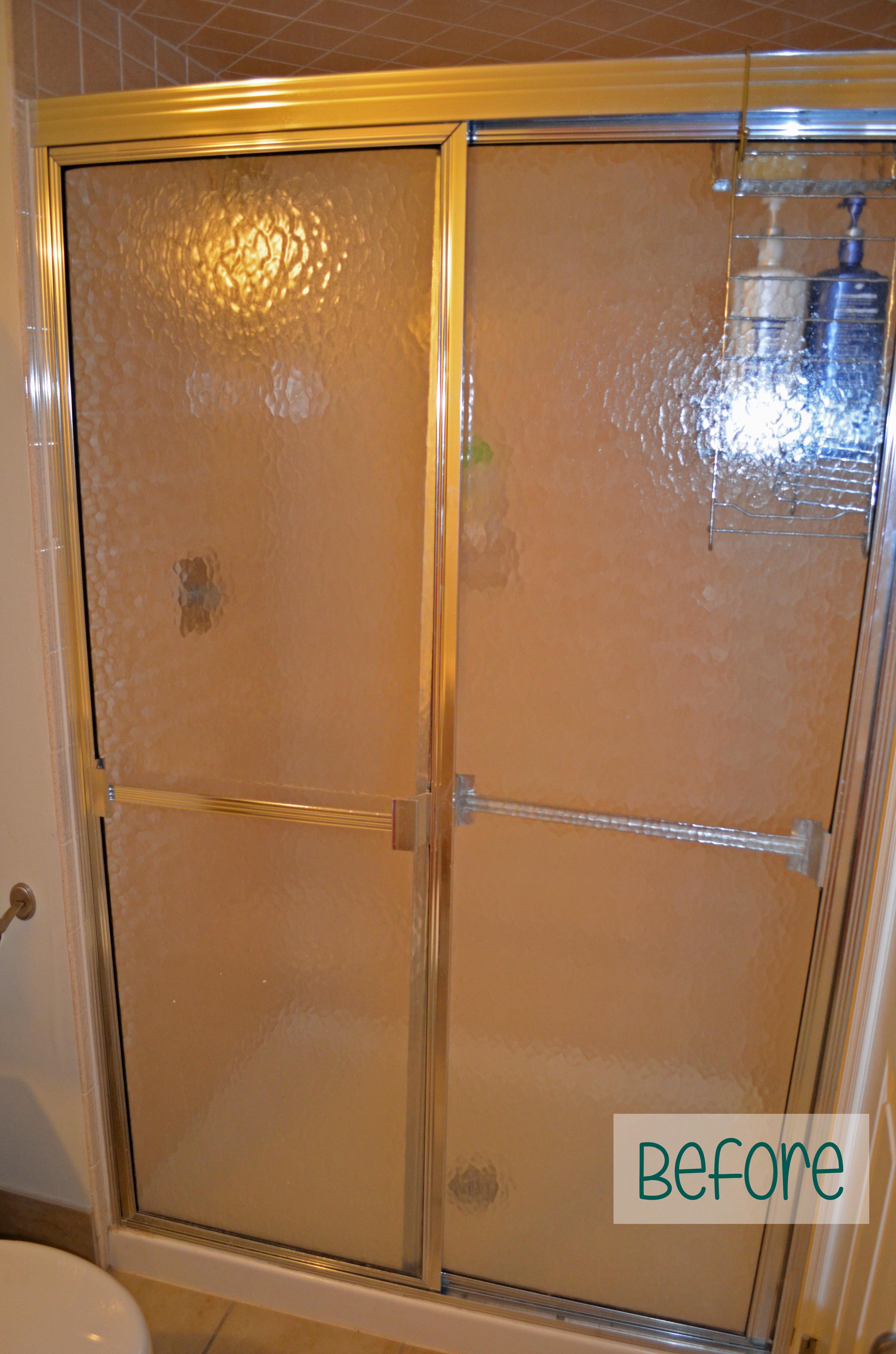 Guest room shower doors - Before