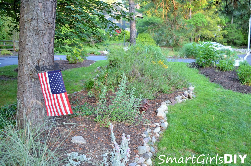 Another view of front yard - Smart Girls DIY