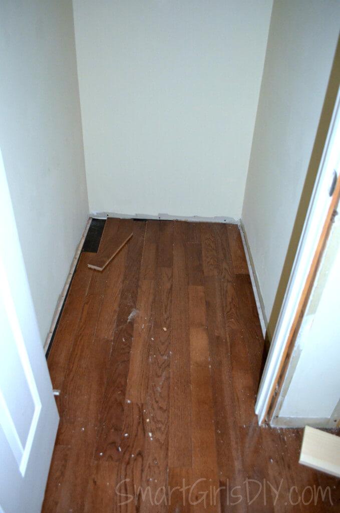 hardwood extends into closet