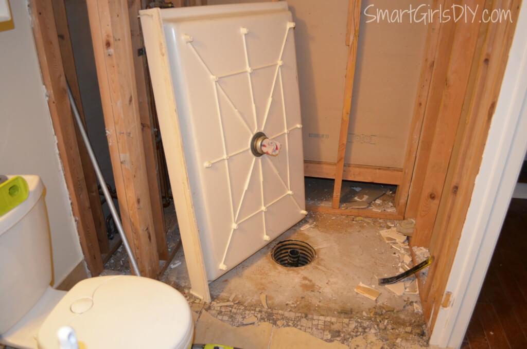 How to remove a fiberglass shower pan
