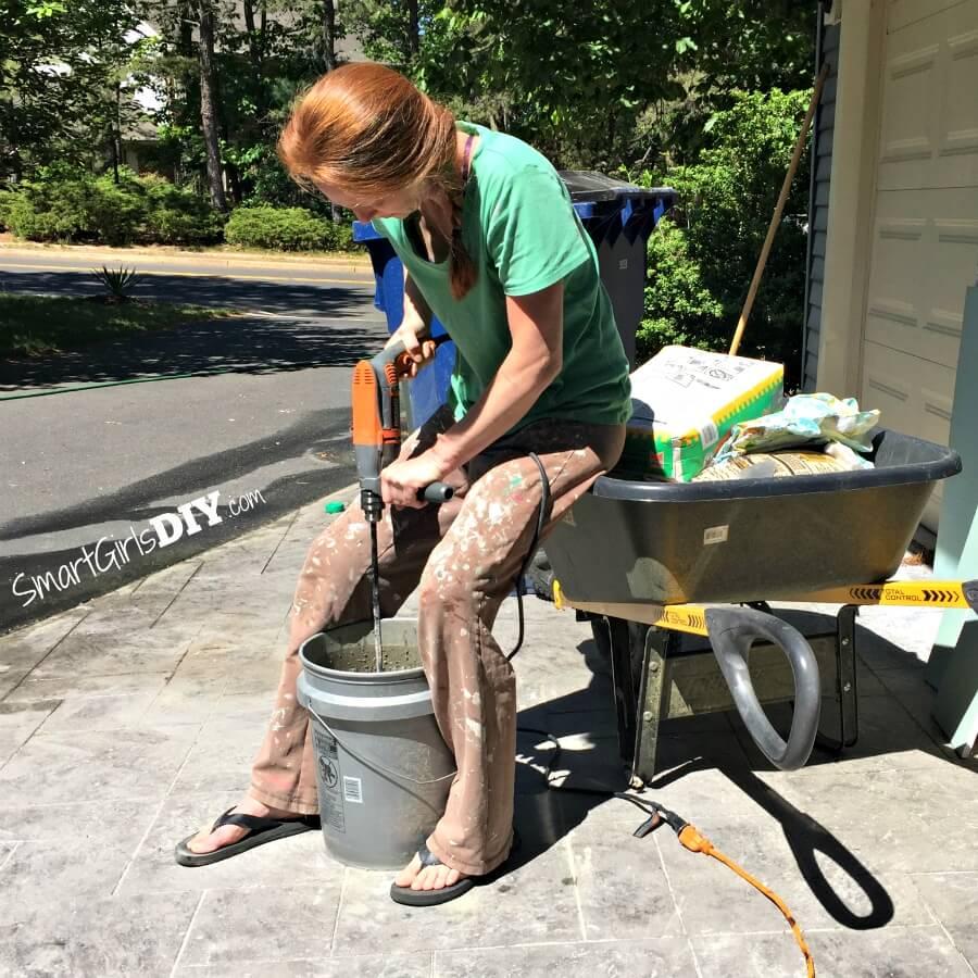 Mixing FelxBond thinset mortar