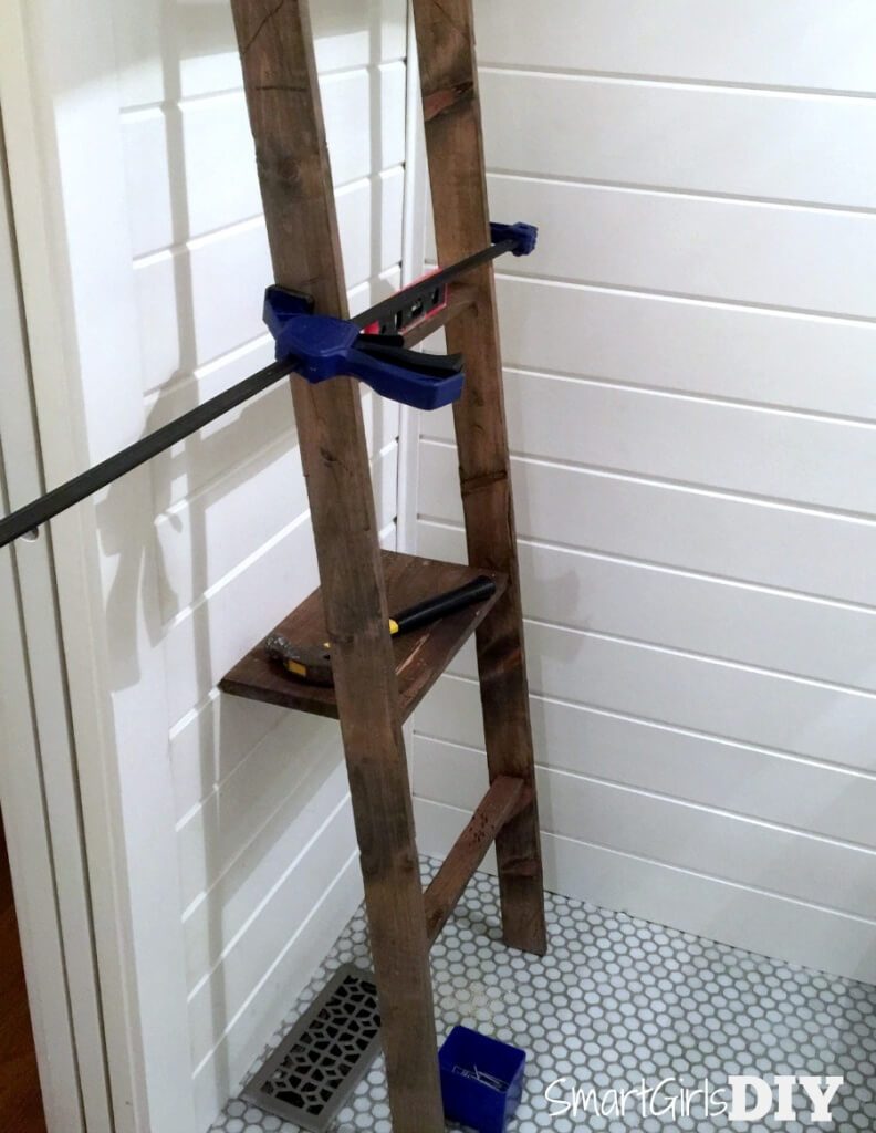 Ryobi #oneboardchallenge - Bathroom storage ladder by Smart Girls DIY