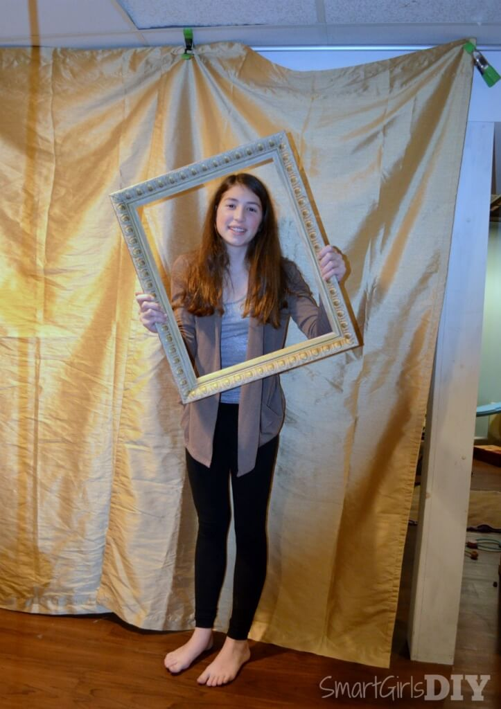 Behind the scenes of a DIY photo booth