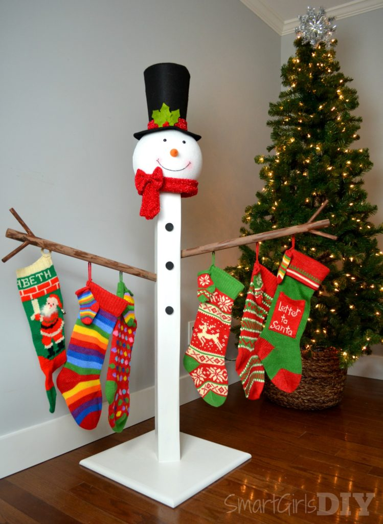 How to build a christmas stocking holder for Kids crafts at home depot